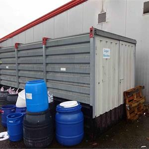 1 Materialcontainer ca. 5m